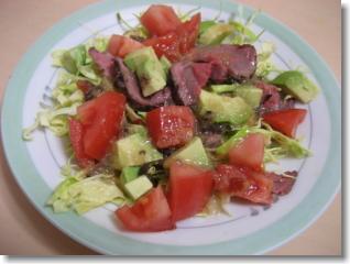 牛たたきサラダ