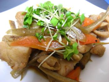 鶏肉 ごぼう の 炒め煮