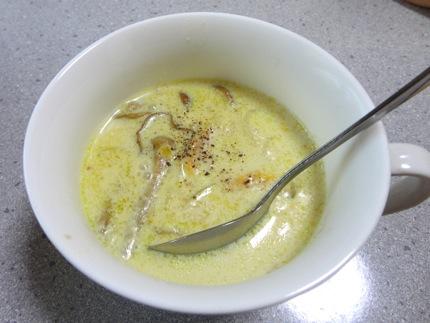 きのこ豆乳スープ レシピ、あったかスープでポカポカ
